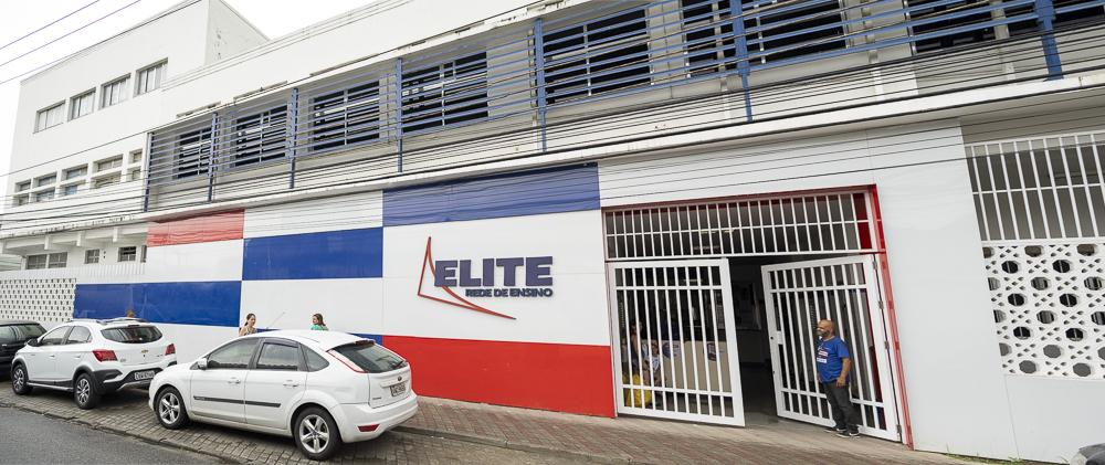 Fachada da unidade Elite Iguaçuano